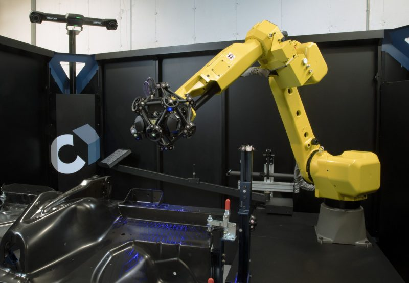 cube-r_automated-3d-scanning-cmm_black-surface_c-track-1-min
